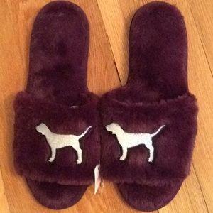 V/S Pink Slippers
